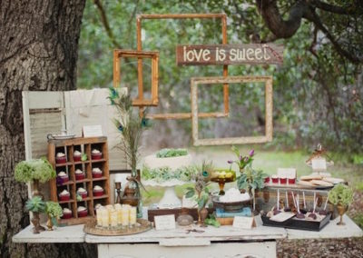 1-bloved-uk-wedding-blog-rustic-vintage-romance-11